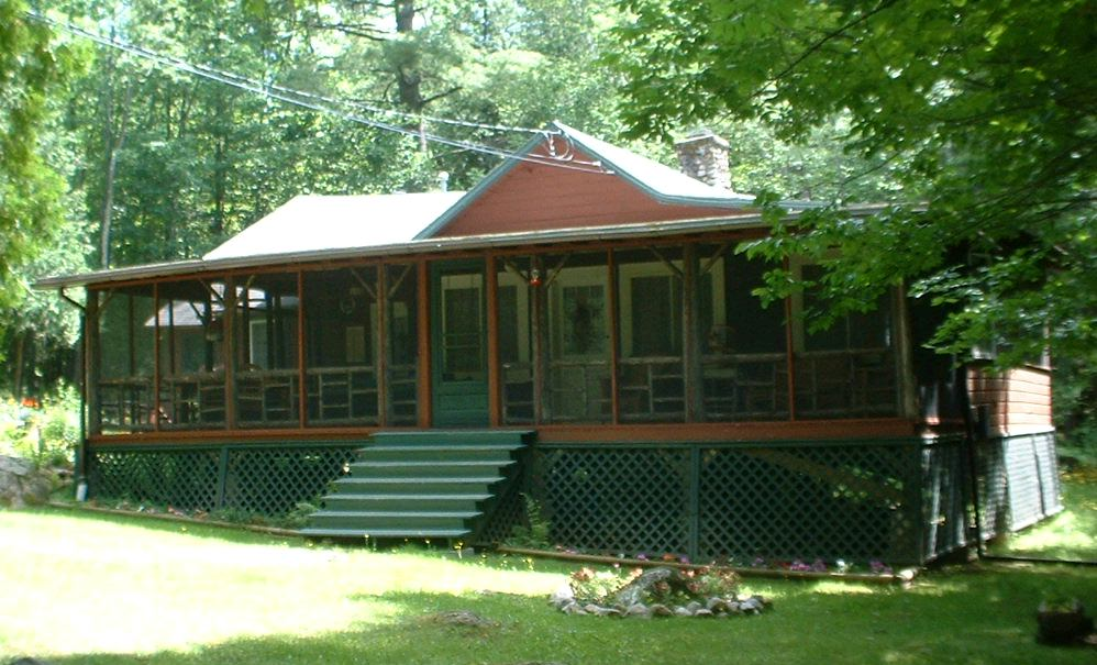 Fully Screened-In Porch